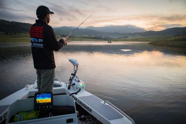 Review Bar Crusher 490wr Fishing World