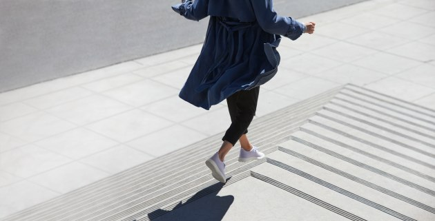 Sneaker disruptor Allbirds launches in