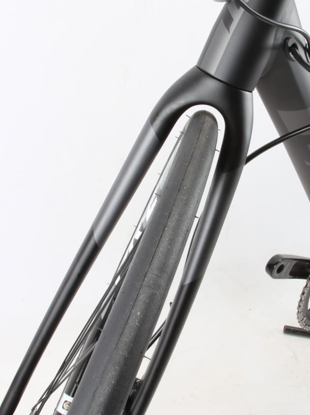 Giant Contend SL 1 Disc - Bicycling Australia