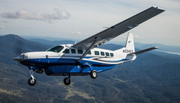 Despite the stumpy ailerons, the Grand Caravan handles quite nicely in the air. (Steve Hitchen)