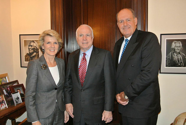 Former Minister of Defence David Johnston, right, with Julie Bishop and John McCain in 2013. Credit: Defence