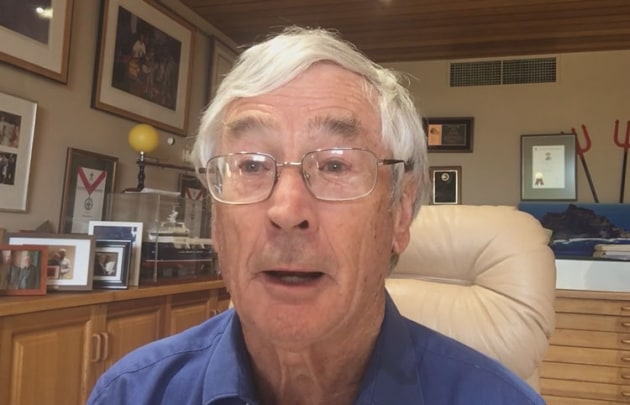 Dick Smith says he supports a call for a Royal Commission into aviation. (still from video)