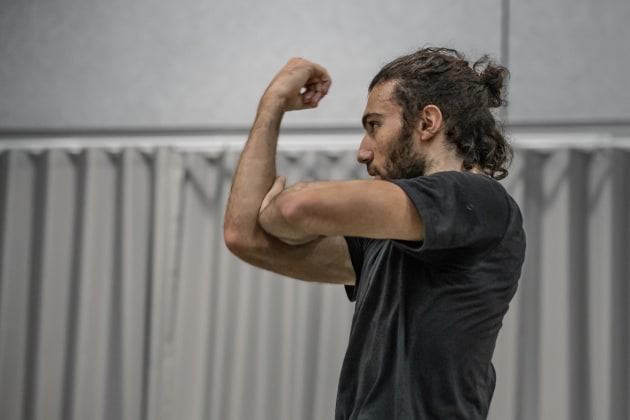 Dimitri Kleioris, rehearsal 'Impermanence'. Photo, Pedro Greig