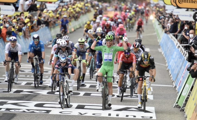 Mark Cavendish wins his third stage of the 2021 Tour de France. Image: Sirotti