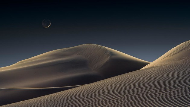 © 'Luna Dunes' by Jeffrey Lovelace - winner of the Skyscapes category - Astronomy Photographer of the Year 2021