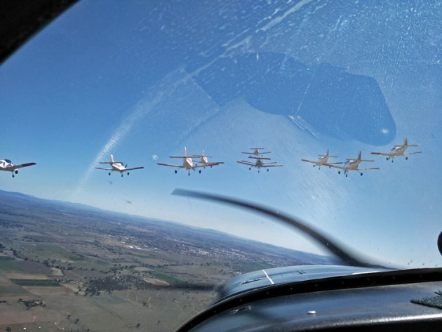 Goodbye Tamworth! The Parrots roll in for a farewell pass across the city.