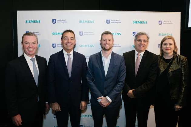 Minister Christopher Pyne, SA Premier Steven Marshall, UniSA Vice Chancellor David Lloyd, Siemens Australia chairman and CEO Jeff Connolly and Tanya Monro, UniSA's Deputy Vice Chancellor of Research and Innovation. Credit: Siemens