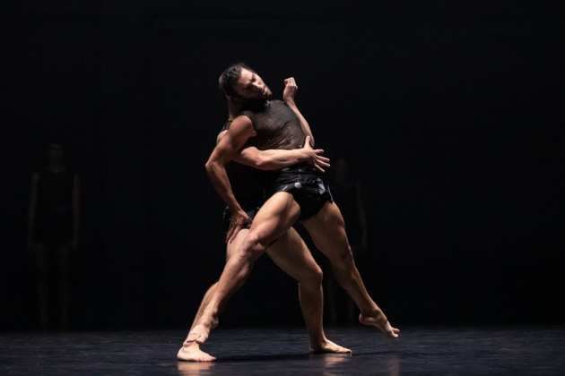 Dimitri Kleioris and Riley Fitzgerald, '6 Breaths'. Photo, Pedro Greig