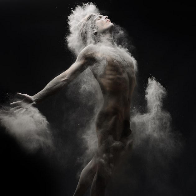 © Olivier Valsecchi. Time of War #6.