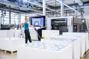 Heidelberg launches four contract packages
