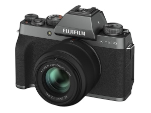 Fujifilm announces X-T200