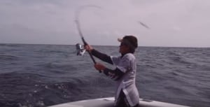VIDEO: How to cast poppers on tropical reefs