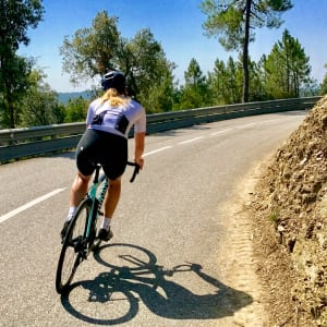 Video Interview: Girona-Based Swedish Sports Therapist Tess Takes Us To A Top Local Climb