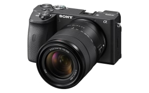 Review: Sony A6600