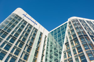 AkzoNobel reports a robust first quarter
