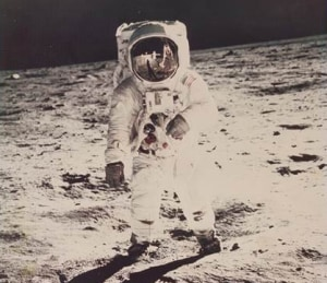 Famous moments in space history to be auctioned next week