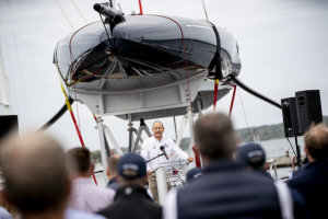 America's Cup 36: One design rule, two very different hulls