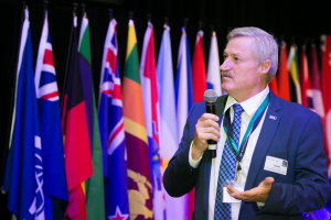 Pierre Pienaar re-elected as WPO president