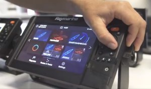 VIDEO: Raymarine's Element Sonar and GPS