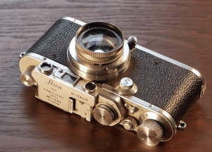 Video: Restoring an 85-year-old Leica