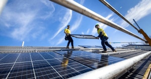 Report issues solar safety warning