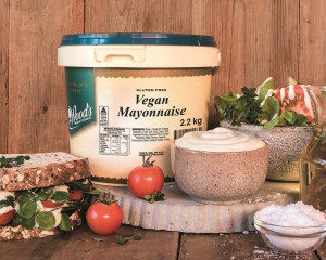 Edlyn launches new vegan mayonnaise for foodservice market