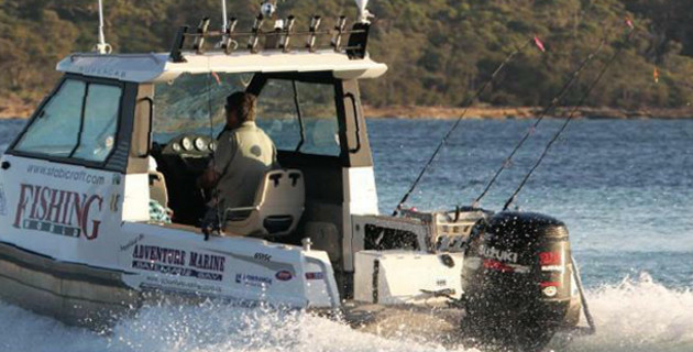 Suzuki v E-TEC & Yamaha - Fishing World